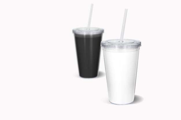 Tazza monouso colorata in bianco con paglia mock up, isolata. tazza di carta per bere soda con coperchio e vista frontale del tubo
