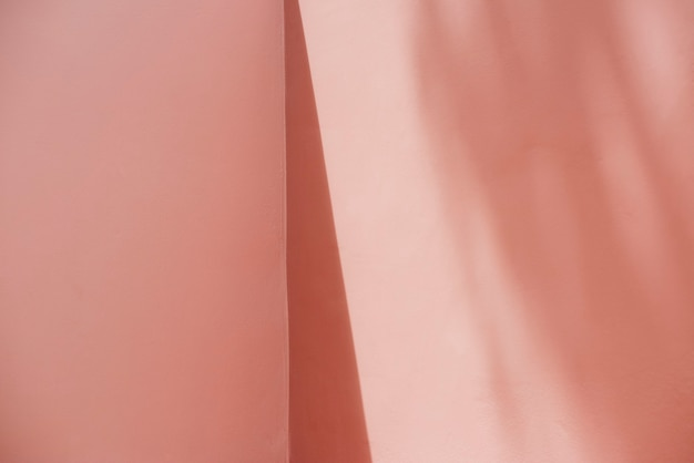 Muro rosa bianco con ombre