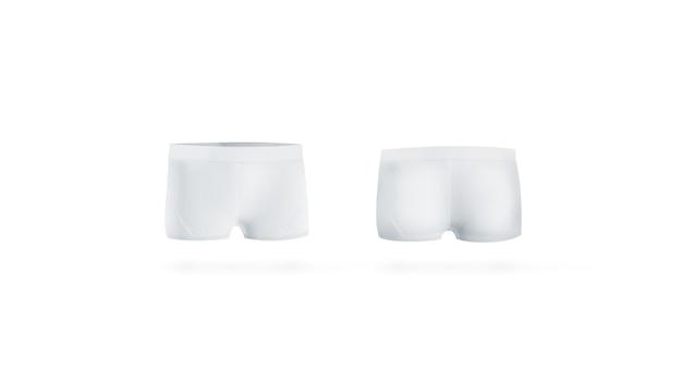Le mutande bianche vuote deridono sul lato anteriore e posteriore, isolato
