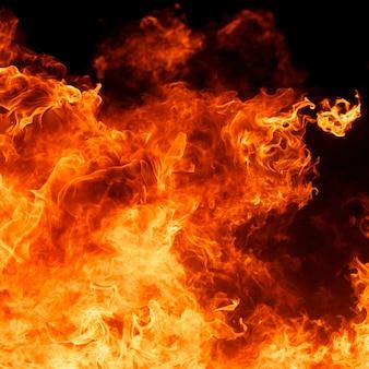 Fiammata di fuoco ardente