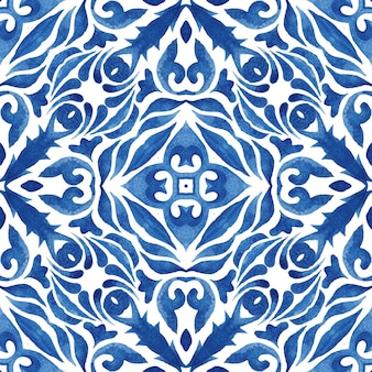 Piastrella di pittura arabesca acquerello ornamentale senza cuciture damascato blu