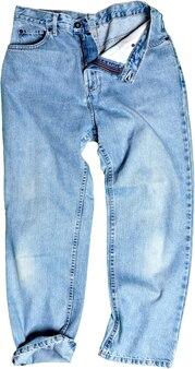 Jeans blu isolati su bianco
