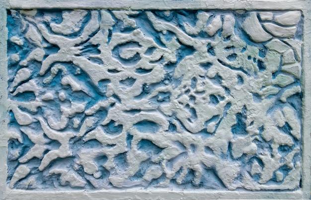 Ornamento blu nel design della facciata dell'antico palazzo dulber costruito in stile moresco
