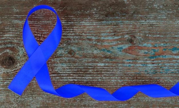 Nastro blu, cancro al colon, cancro del colon-retto, consapevolezza dell'abuso di minori, giornata mondiale del diabete.