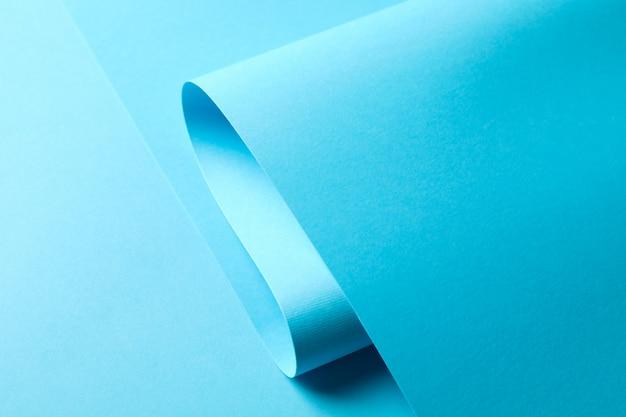 Strato blu su colore, fine in su