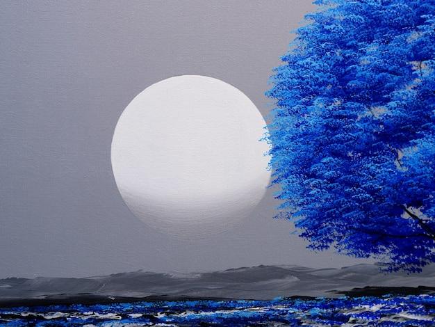 Albero blu con luna sul cielo dipinto su tela