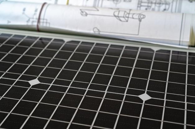 Progetto domestico del rotolo della cianografia e del pannello solare