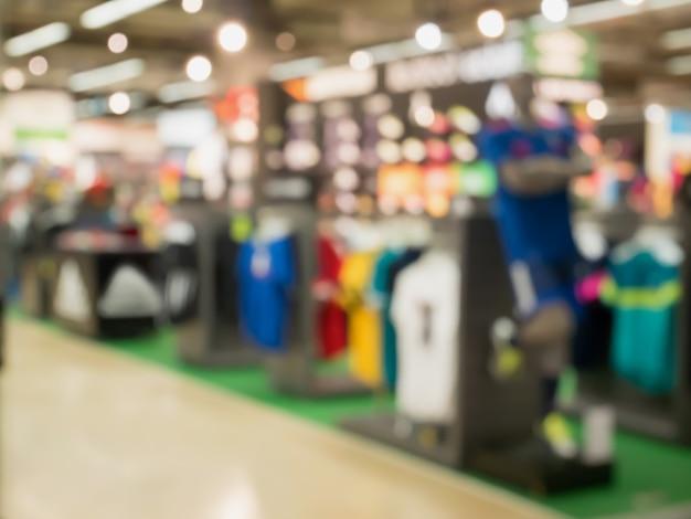 Sfocatura reparto negozio di abbigliamento sportivo