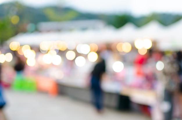 Mercato ambulante a luci rosse