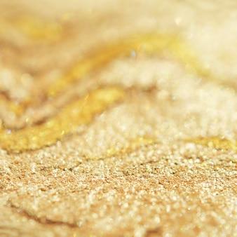 Blush o illuminante. il concetto di industria della moda e della bellezza. luce dura naturale.
