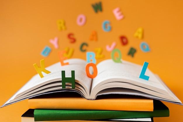 Libri e fantasia still life