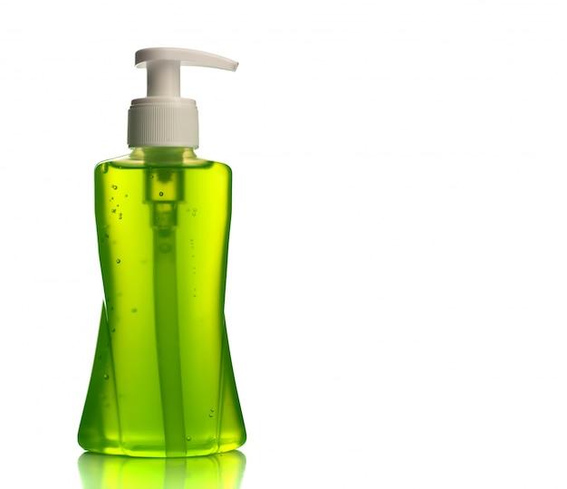 Bottiglia di sapone liquido o crema o dispenser per il lavaggio del viso o tappo del liquido isolato.