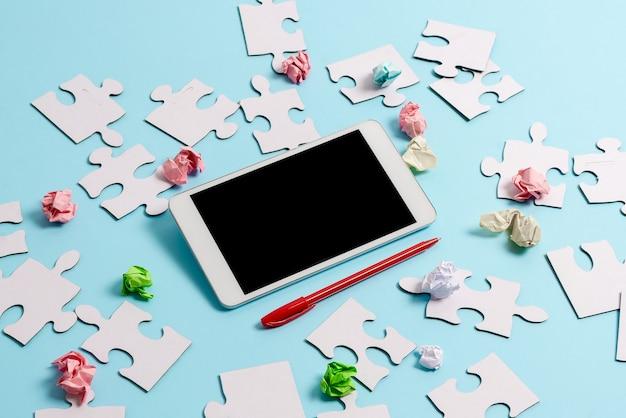 Brainstorming problemi tecnologici miglioramento dell'aggiornamento del prodotto connettività globale smartphone videochiamata vocale nuove idee per l'aggiornamento capacità aggiornate