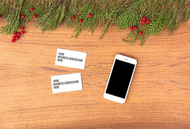 Branding mobile mock up per coni di natale decorazioni colorate