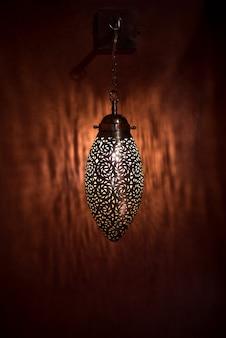 Lampada lanterna in ottone dorato