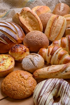 Pane tipi assortiti di pane brasiliano prodotti da forno
