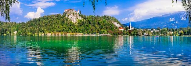 Scenario mozzafiato del lago di bled in slovenia, uno dei laghi più belli d'europa