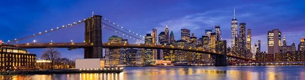 Ponte di brooklyn a new york