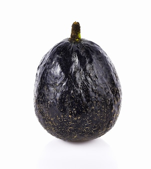 Avocado marrone isolato su sfondo bianco