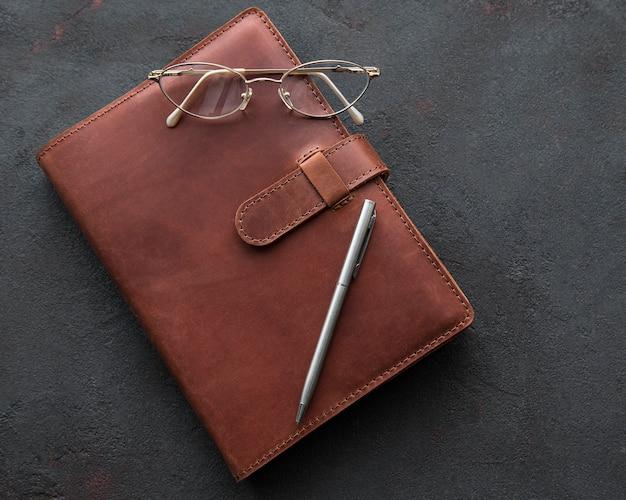 Notebook in pelle marrone