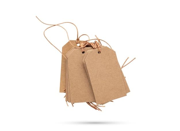 Prezzo da pagare marrone con corda o etichetta con filo su sfondo bianco isolato