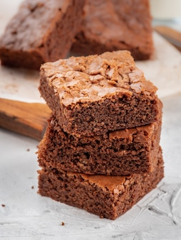 I brownies sono uno sopra l'altro.