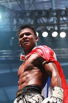 Buakaw banchamek, boxe thailandese di classe mondiale