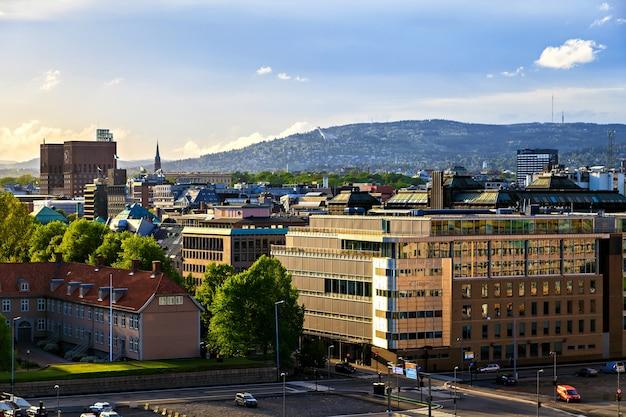 Edifici sul municipio di oslo, norvegia