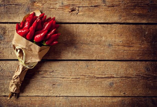 Mazzo di peperoncino rosso