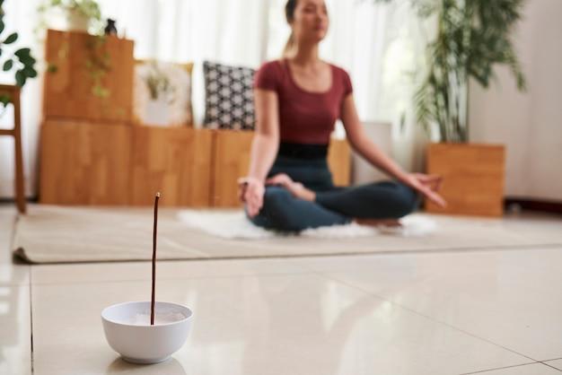 Stick aromatico per la meditazione