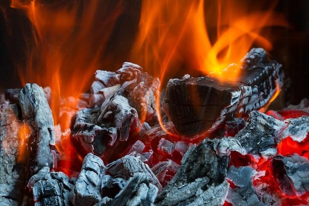 Legna da ardere nel fuoco