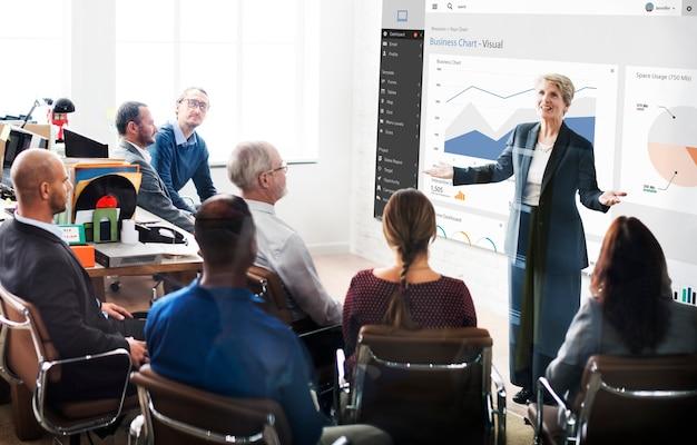 Concetto di relazione grafica visiva del grafico aziendale business