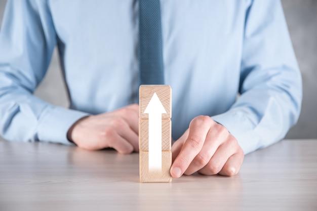 Sviluppo aziendale per il successo e il concetto di crescita crescente