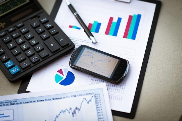 Attività di analisi finanziaria del posto di lavoro