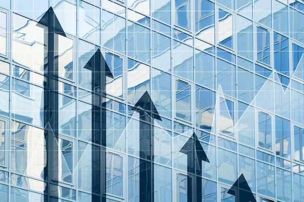 Concetto di crescita aziendale con frecce su si chiuda.