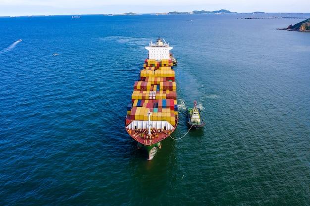 Servizi commerciali consegna container marittimo internazionale open sea