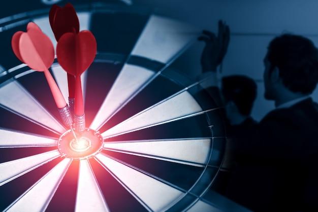 Obiettivo aziendale obiettivo per il concetto di strategia di successo