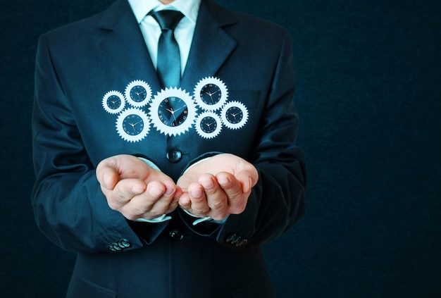Concetto di meccanismo di lavoro aziendale su sfondo blu