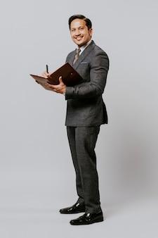 Concetto di occupazione del ritratto adulto dell'uomo d'affari