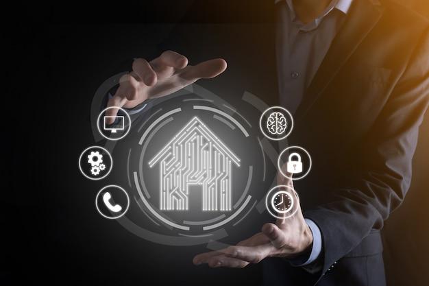 Icona della casa della stretta dell'uomo d'affari. casa intelligente controllata, casa intelligente e automazione domestica