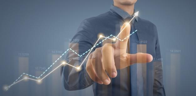 Crescita del grafico del piano d'affari e aumento degli indicatori positivi del grafico