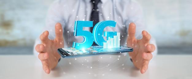 Uomo d'affari che utilizza la rete 5g con il telefono cellulare, rendering 3d