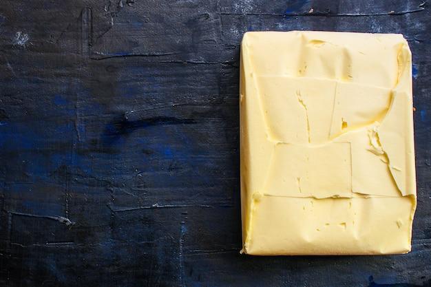 Prodotto con burro e margarina