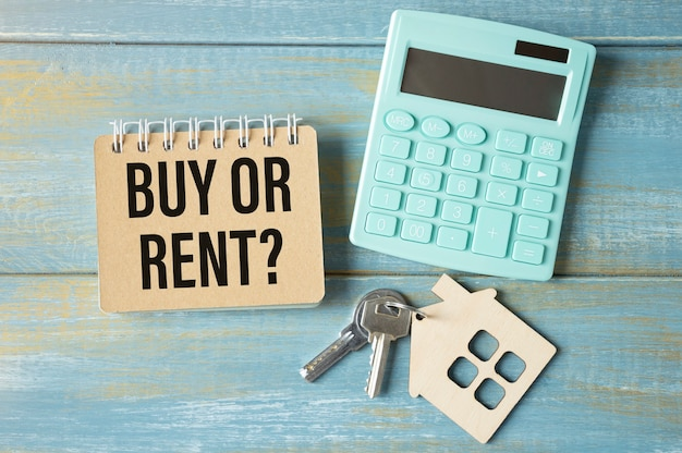 Acquista o affitta il concetto di scelta, domanda, attività immobiliare