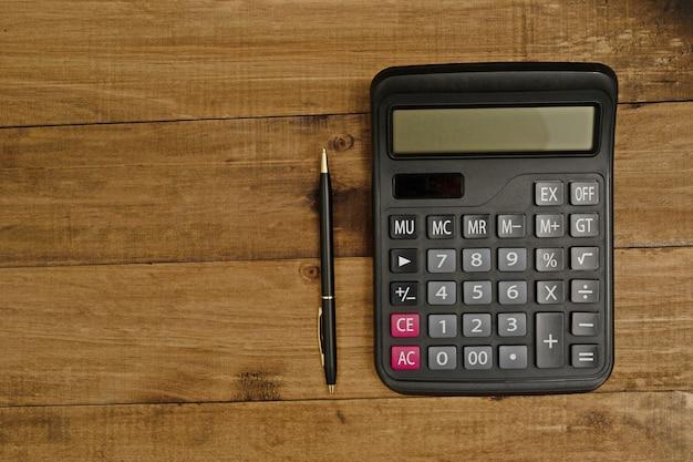 I calcoli devono essere precisi. usare una calcolatrice accurata per calcolare