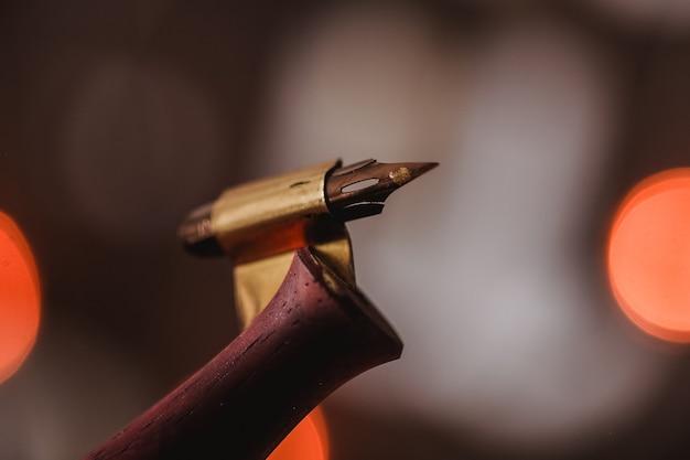 Portapenne per calligrafia e penna in inchiostro oro o