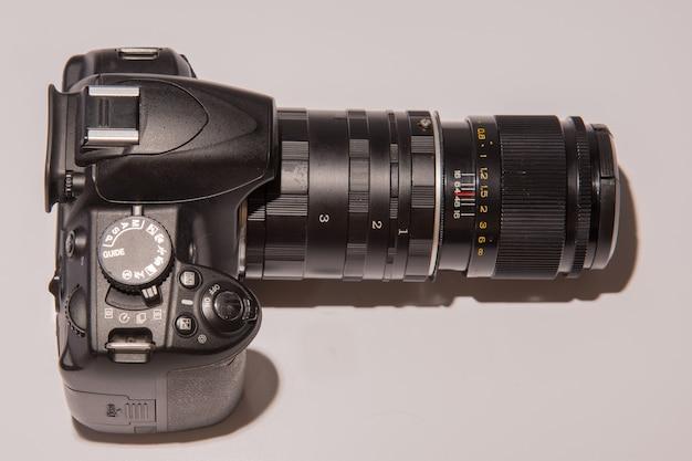 Fotocamera con obiettivo macro