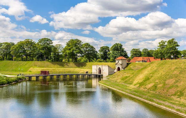 Canale intorno a kastellet, una fortezza a copenaghen