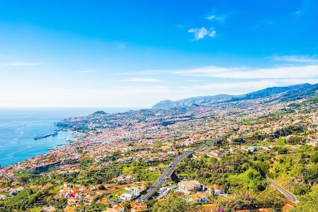 La capitale dell'isola di madeira - città di funchal, portogallo.