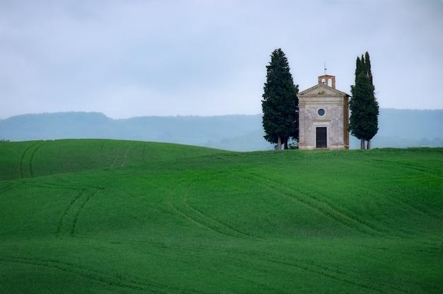 Cappella della madonna di vitaleta in toscana